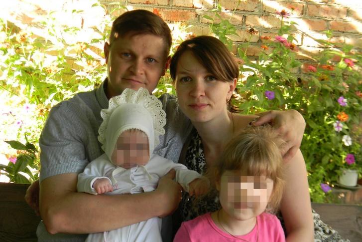 Девочка до последнего боролась за жизнь: целая семья погибла в жутком ДТП. Ехали в больницу
