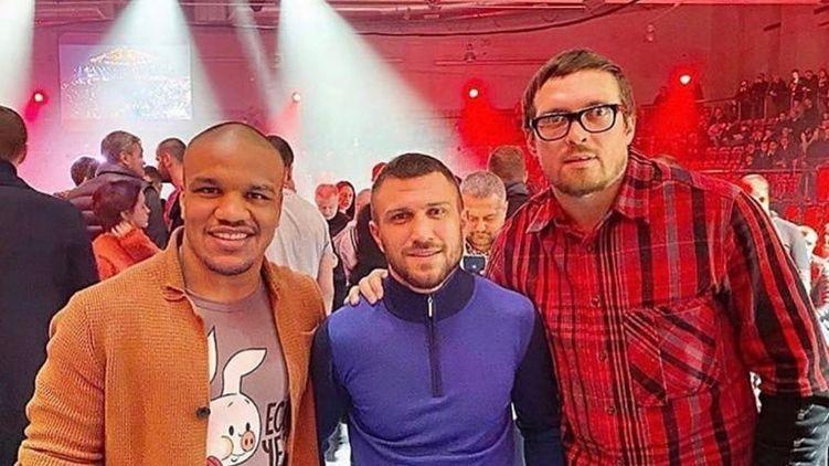 Это шок! Ломаченко, Беленюк и Усик поразили украинцев поступком. Наши богатыря!