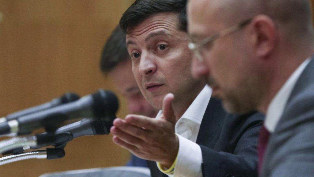 «Откуда?»: Зеленский лично прокомментировал повышение пенсий в Украине. «Одна из самых низких в Европе»