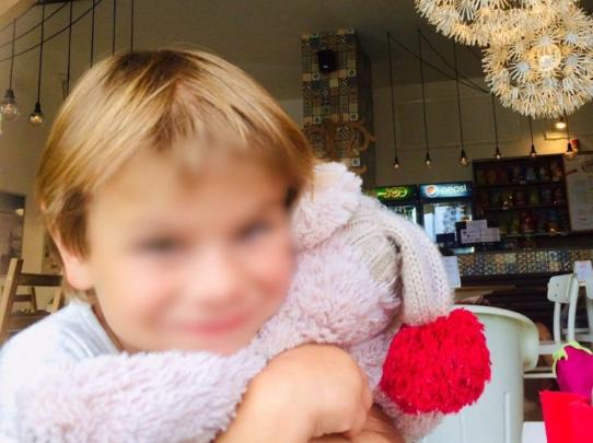 Маме было все равно: в Ивано-Франковске старшие братья регулярно насиловали 6-летнюю сестренку