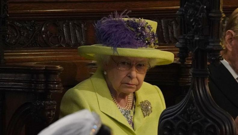 «Мужчина в шоке от просьбы жены»: Внук королевы Елизаветы разводится с женой. «Болезненный удар»