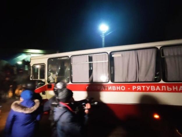 «Война из-за нас, вирус из-за них: переселенцы из Донецка поразили своим поступком в Новых Санжарах