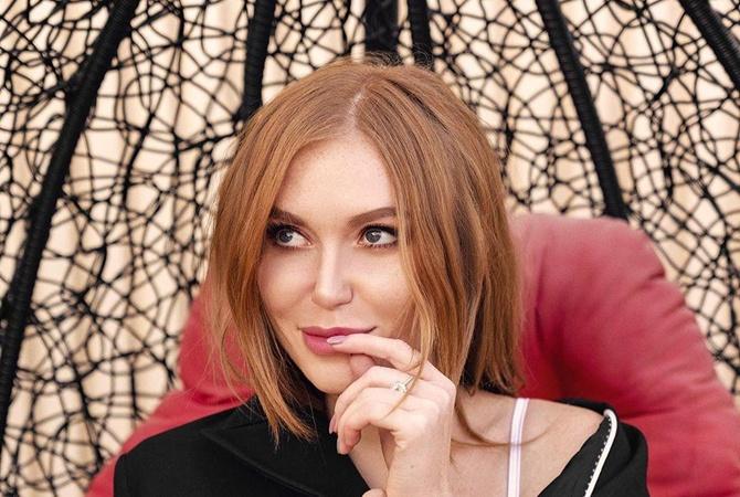 «Выпала такая возможность»: Слава Каминская прокомментировала слухи о романе с украинским актером