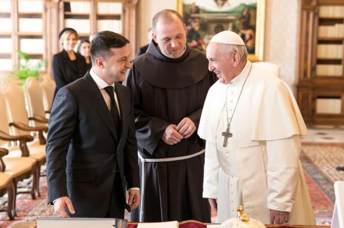 Ради Украины! В Италии Зеленский решился на немыслимое. Папа Римский растроганный