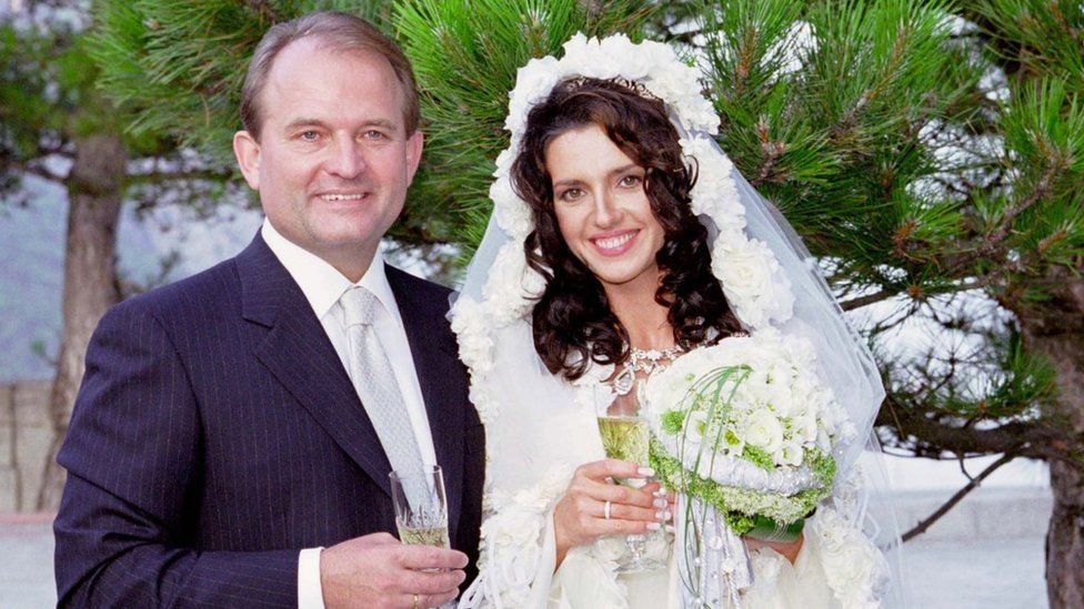 «Так невыносимо трудно любить»: Марченко заговорила о разводе. «Лучшее — впереди»