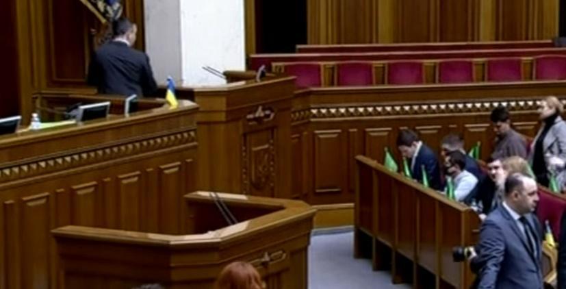 «Замахнулся на кресло президента!» Новый министр правительства Шмыгаля опозорился в Раде. «Депутаты заливались смехом»