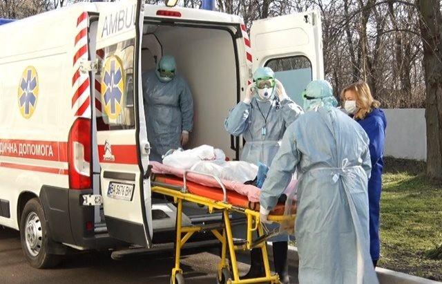 «Быстрый тест оказался положительным»: Женщина с подозрением на коронавирус сбежала из больницы. «Вернулась из Брюсселя»