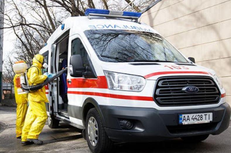 «Стало плохо на границе» Во Львовскую инфекционную больницу везут пациента с температурой