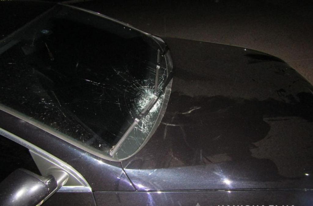 Не дошла домой: девушка трагически погибла под колесами автомобиля. Было всего 16