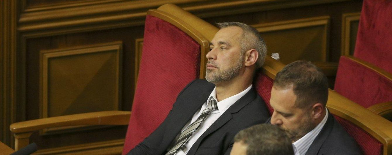 263 голоса! Рябошапка «вышвырнули» из Рады. Скандал растет
