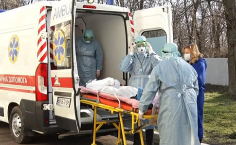 Количество больных постоянно растет! В Украине 73 подтвержденных случаев заражения коронавирусом. 20 в сутки в Киеве