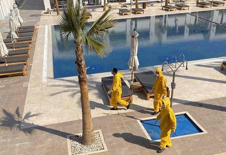 «В полной изоляции без еды»: Украинцы об ужасах карантина на курорте в Египте. «Умоляют Зеленского о помощи!»