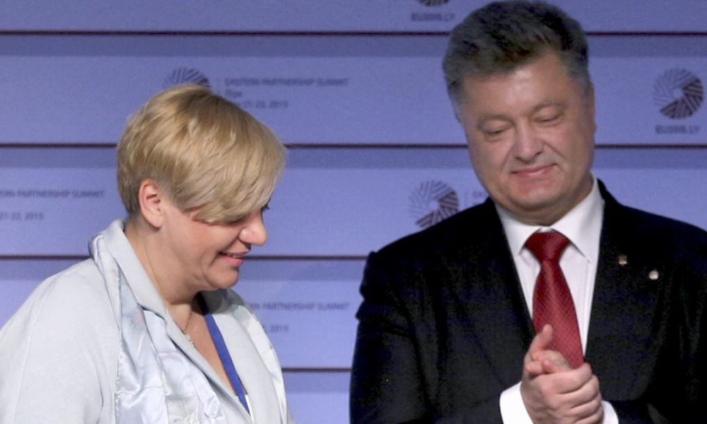 Арестовать все имущество Порошенко и Ко! Украинцы в шоке, блестящий антикризисный план. Гениально