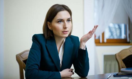 «Дочь скандального священника»: Кабмин назначил нового министра образования. «Лучше назад Новосад?»