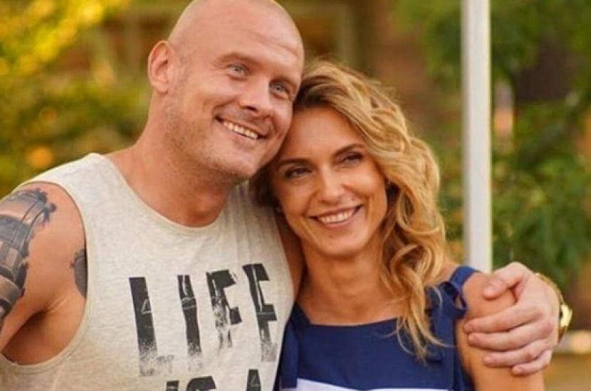 «Очень люблю тебя, ты мое вдохновение» Слава Узелков признался в любви известной украинской актрисе. «Нашел замену Марине?»