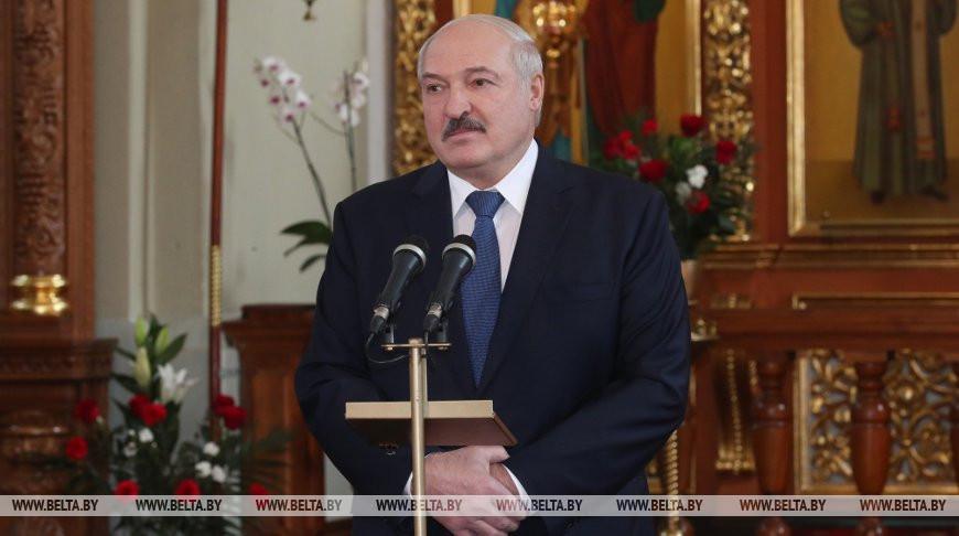 «Это психоз! Это политика!»: Лукашенко поразил своим заявлением на Пасху. «Не надо закрывать дорогу к храму»