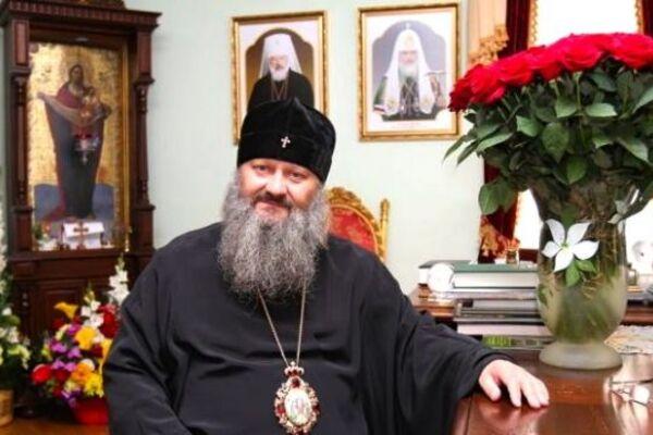 Лавру продезинфицировали В митрополита Павла заподозрили коронавирус. Закрыли на карантин