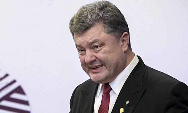 «Ужасный символ реванша!» Порошенко набросился на Зеленского. Украинцы жестко отреагировали. «Кощунство»