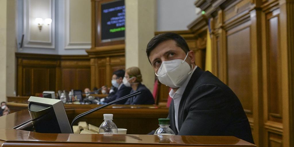 «Самое опасное, что может быть.» Зеленский встревожил украинцев обращением. «Каждый ответственный»