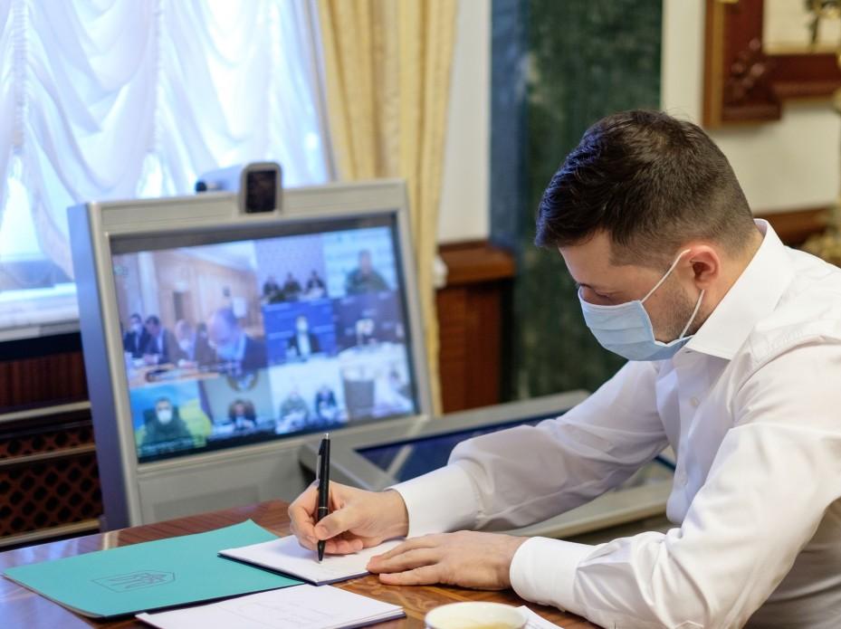 Уже с 15 апреля! Украинцев обрадовали новостью о карантине. Социальный бунт