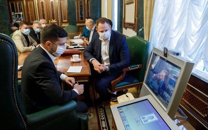 «Страшная опасность» Зеленский всколыхнул украинцев тревожной просьбой. «Уже не десятки, а сотни»