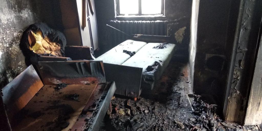 Тела нашли у двери. Маленькие дети заживо сгорели в собственном доме. Не смогли выбраться