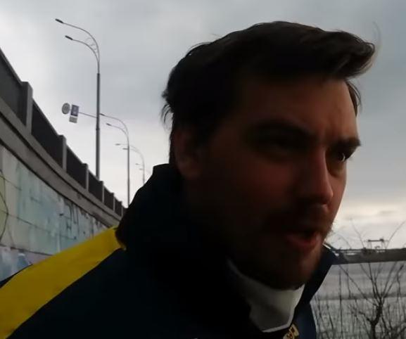 «Пытался вырвать камеру из рук»: Гончарук шокировал украинцев поведением. «Игнорирует карантин»