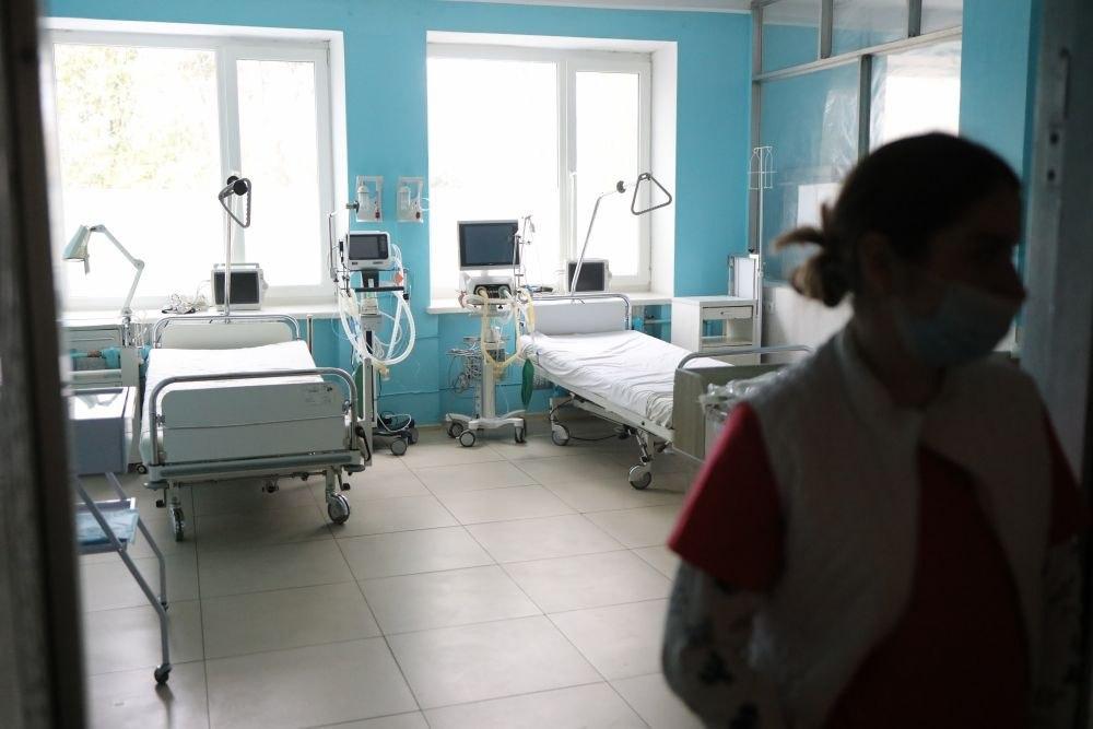 «Госпитализировали в тяжелом состоянии с желудочно-кишечным кровотечением»: На Львовщине вторая смерть от коронавируса