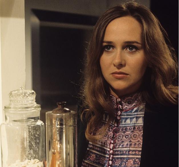 Фильмы с ней любили все: не стало гениальной актрисы. «Сгорела» от Коронавируса