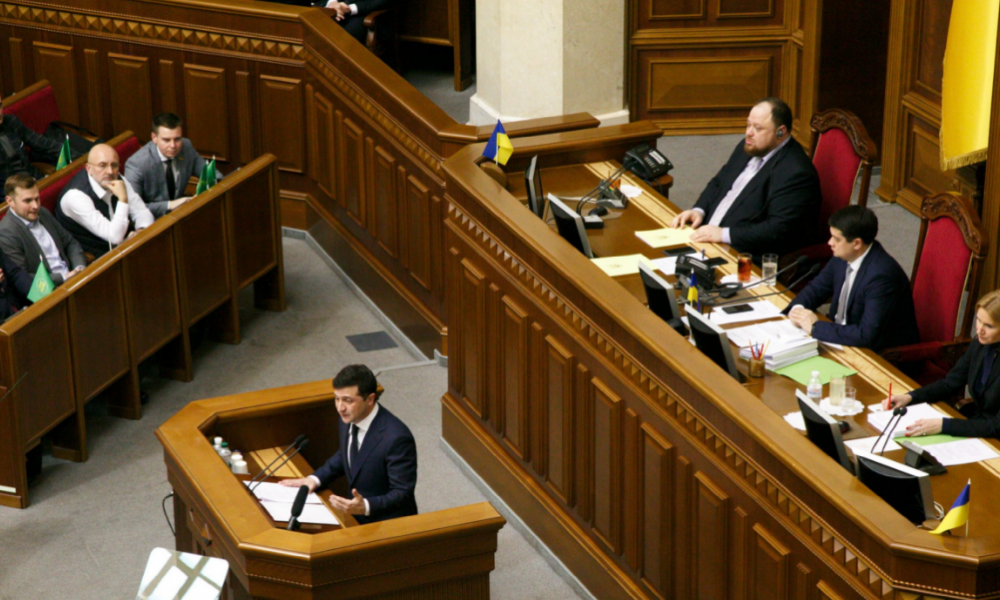Точка невозврата: украинский астролог назвал дату выхода из карантина. Кабмин не ошибся!