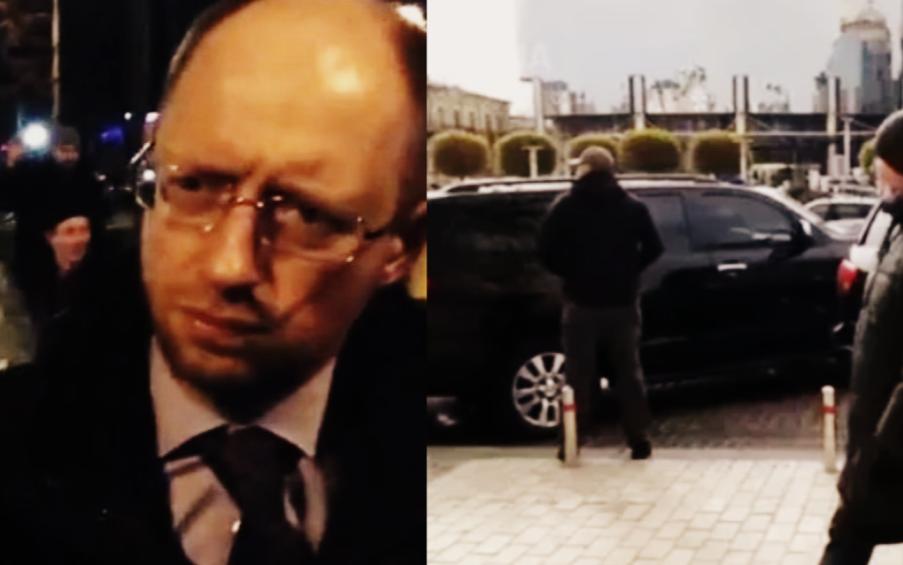 Он быстро «сбежал»! Яценюк набросился на Зеленского, его жестко поставили на место. Ноу-хау его Кабмина!