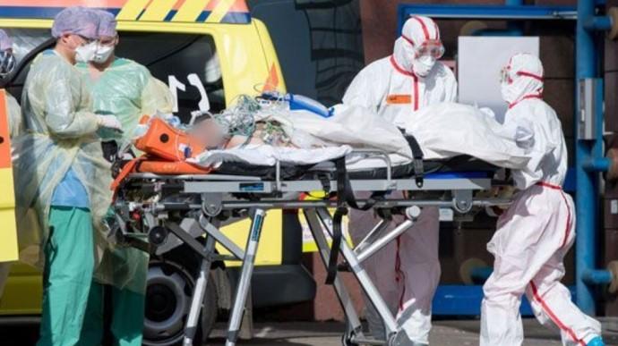 «Почти сразу после …»: В Кривом Роге от коронавируса умерли два человека. Самовольно выписала главный врач