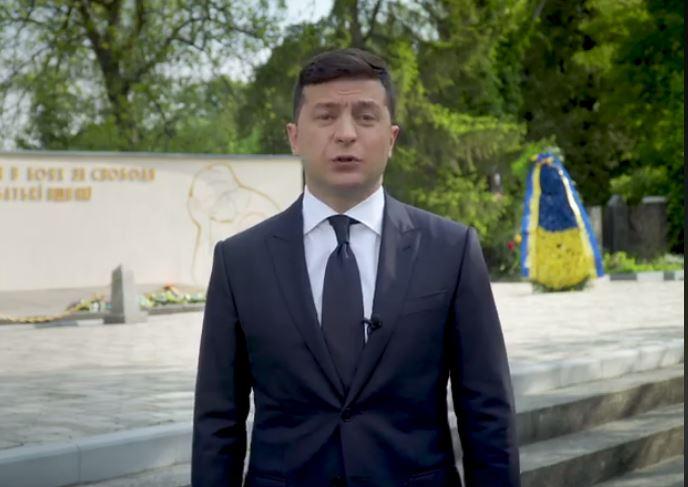 «Сегодня я объявляю …»: Зеленский срочно обратился к украинским. «Это не рекламная кампания!»