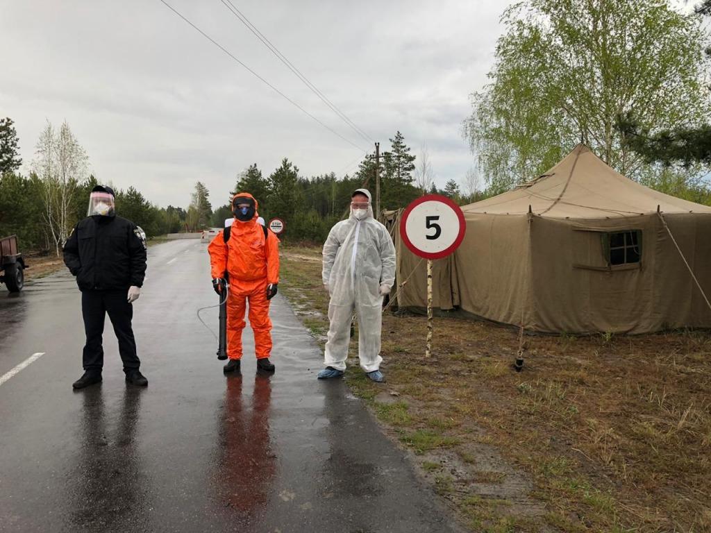 Закрыли целое село: «коронавирусная» новость из Ровенской области потрясла украинцев