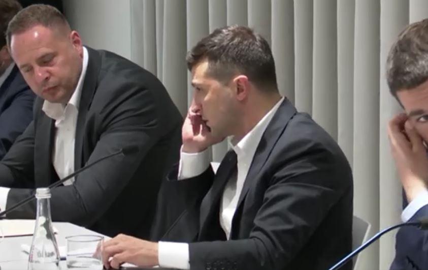 «Послушайте меня!»: Зеленский публично отчитал топ-чиновника. Лично позвонил. «Примите решение!»