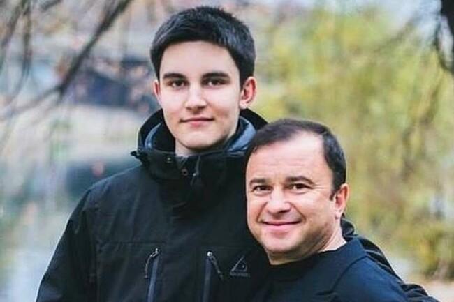 «Продержаться, сколько смогу»: сын Виктора Павлика огорошил заявлением. «Лечение бессмысленное»