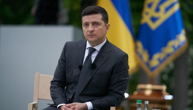 Уже в Разумкова. Зеленский передал в ВР срочное письмо. Важная просьба