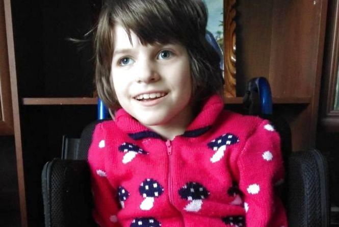 «Украинские медики бессильны». Маленькая Виктория нуждается в срочной помощи в борьбе со страшной болезнью