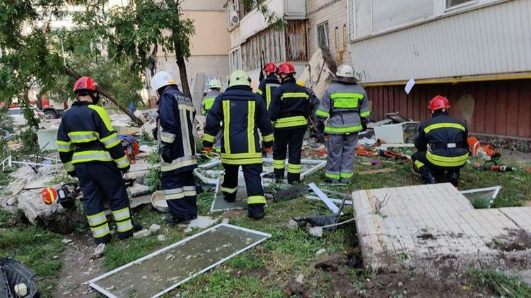 Докладывает Зеленскому! Аваков заявил о двух версиях трагедии в Киеве. Этого не ожидал никто