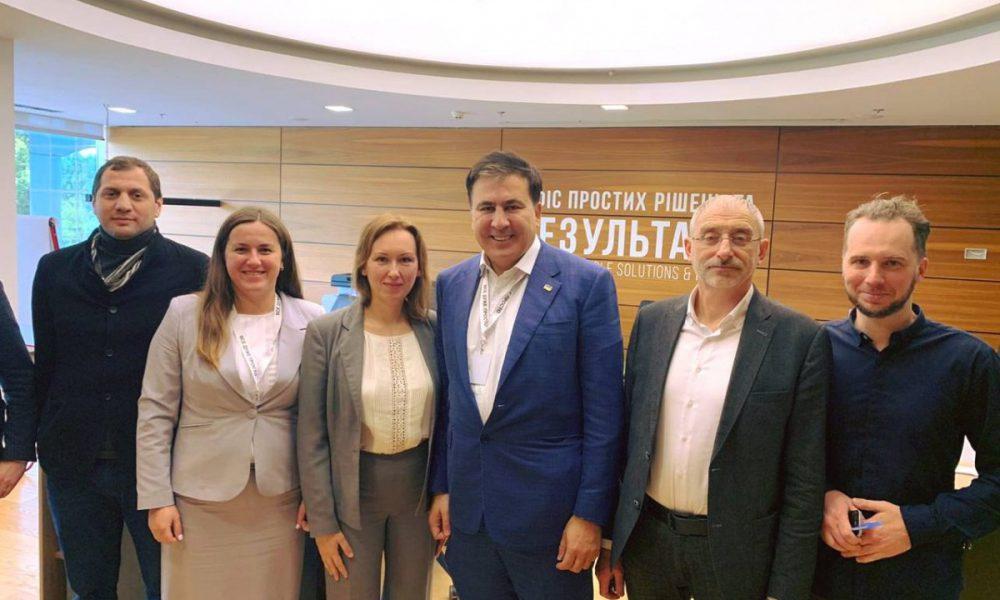 Михо, браво! Саакашвили с самого утра ошеломил всю страну, наконец это произошло: украинцы затаили дыхание