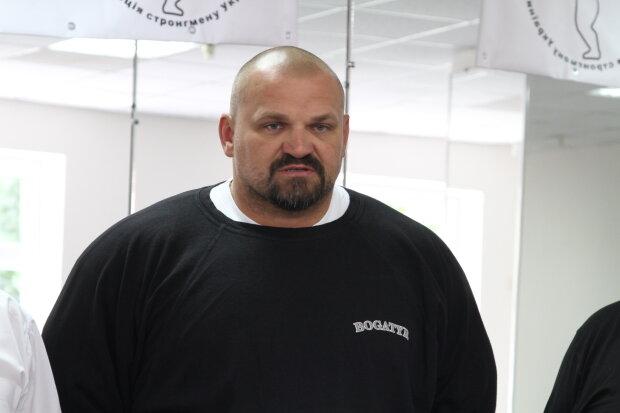 «Терпел, хромал, тянул, бывало от боли не спал …»: Василий Вирастюк перенес тяжелую операцию