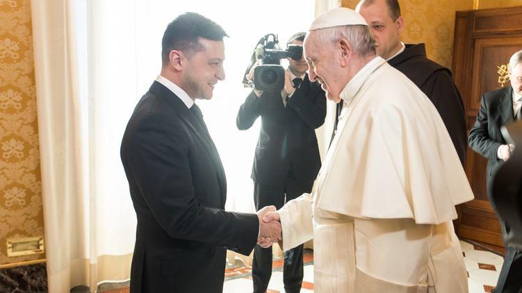 Подключился Папа Римский! Зеленский срочно обратился к украинцам. «Обещал передать!»