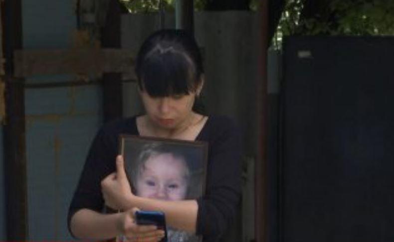 «Воспитательница накрыла лицо подушкой»: Жуткая смерть 1-летнего ангелочка в детском саду. В Сети показали жуткие кадры