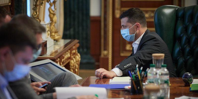 «Думать об этом сейчас!»: Зеленский выступил с важным требованием. «Украина должна быть среди первых»