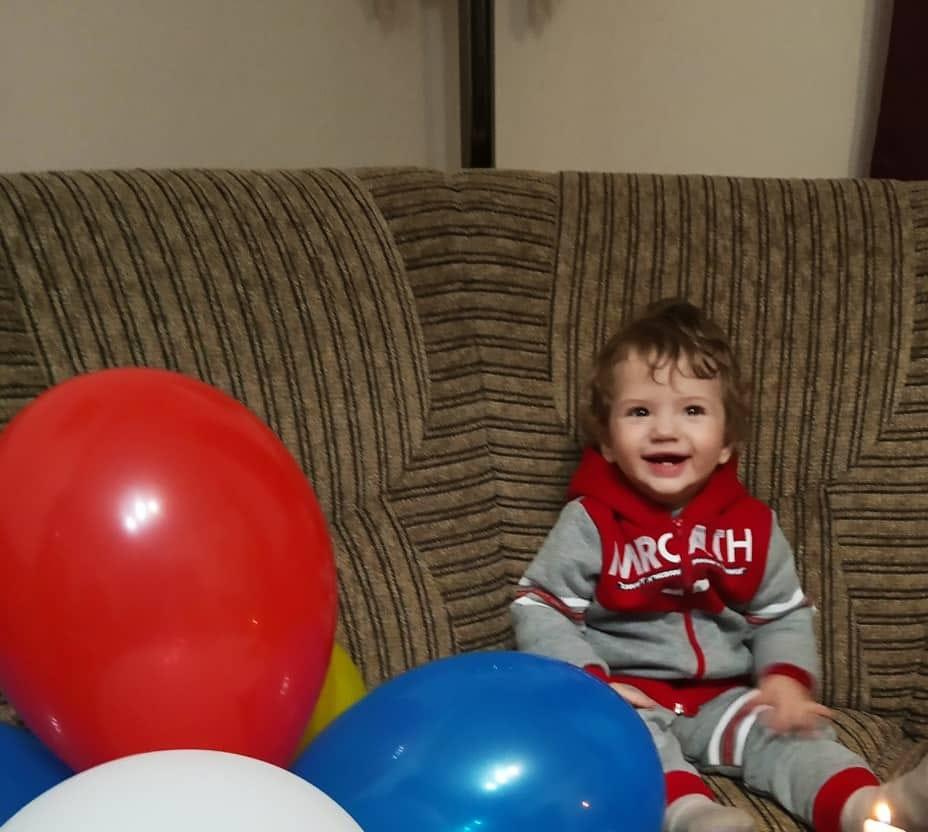 «Моего сына не стало»: Во Львове от редкой болезни умер 1-летний мальчик. Родители обвиняют врачей