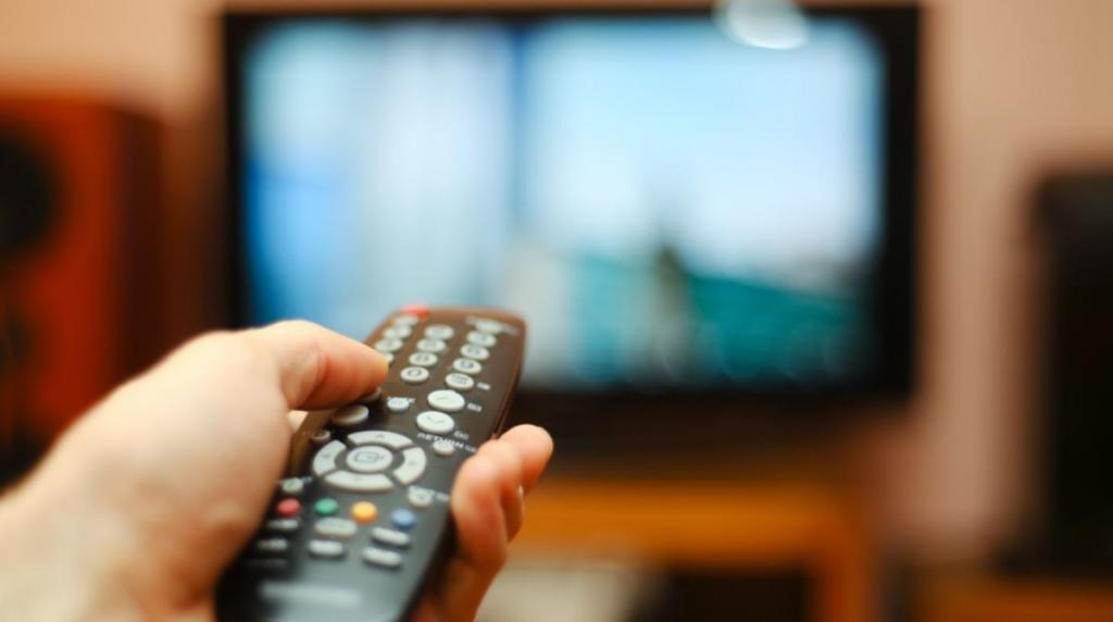 Раздавались восторженные высказывания». Два украинских телеканала ждет тщательная проверка: обнаружили грубые нарушения