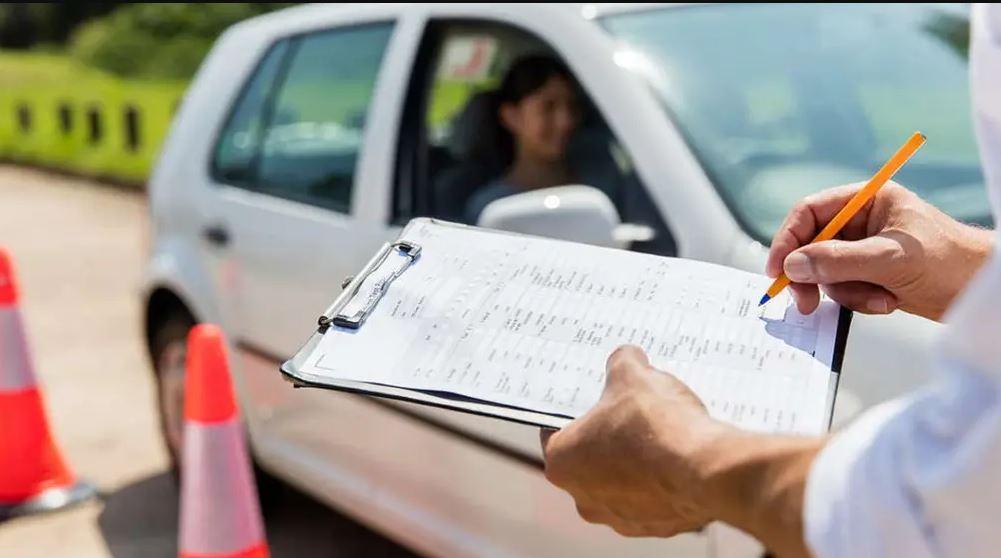 Важно! В Украине по-новому будут выдавать водительские удостоверения. Что изменится