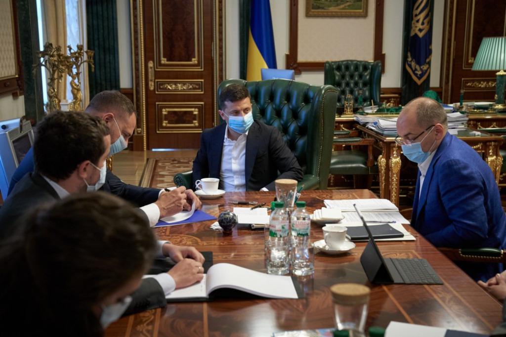 Постановление уже в Раде! Готовится громкая отставка. Ключевой министр Шмыгаля под угрозой. «Надо спасать людей»