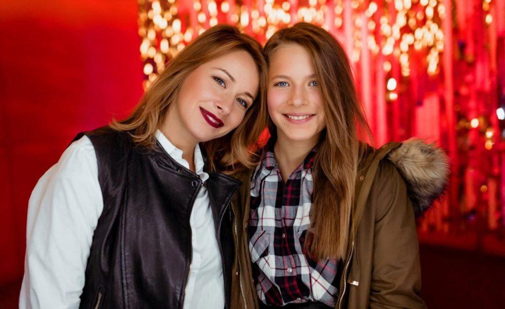 «Карантин не для» печерских деток»: В Сеть слили фото с выпускного дочери Елены Кравец.» Такая красавица «