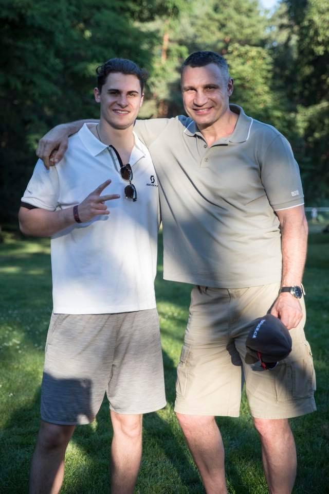 «Благословил его, конечно»: сын Кличко идет в мэри Киева